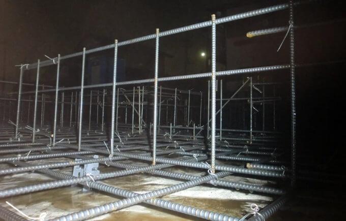 基礎工事6日目 鉄筋組みが始まりました
