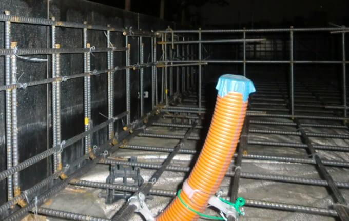 基礎工事11日目 スリーブの設置工事が行われていました
