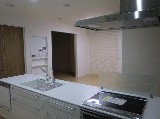 【Web内覧会・第16回】 キッチンその5 スマートキッチンに固定電話?と冷蔵庫設置スペース