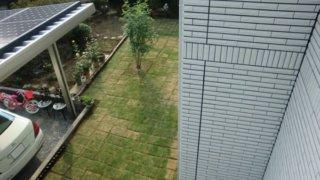 【Web内覧会・第20回】 外構工事後の庭作りDIY 芝生張り