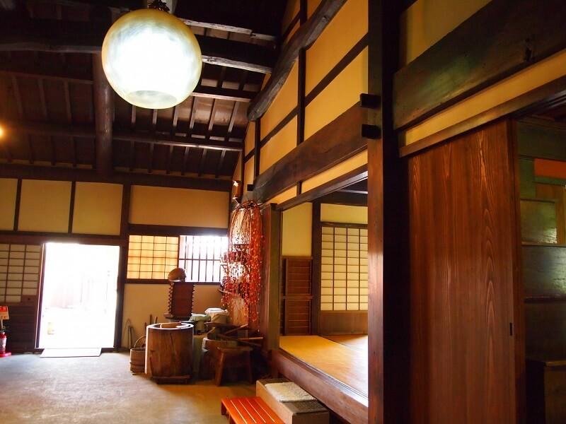 伝統的な日本家屋の土間