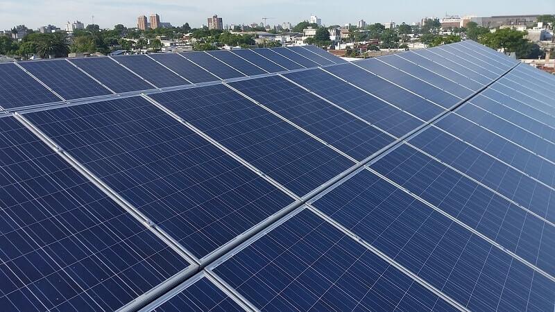 太陽光パネル1kWあたりの年間発電量と売電額の目安